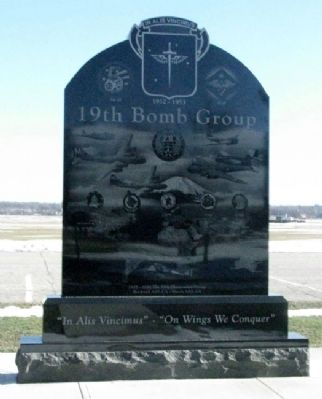 19th Bomb Group Memorial (Side A) image. Click for full size.