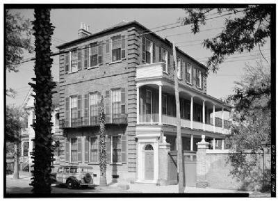 Thomas Heyward House, 18 Meeting Street, Historic American Engineering Record, Habs SC,10-CHAR,1--1 image. Click for full size.