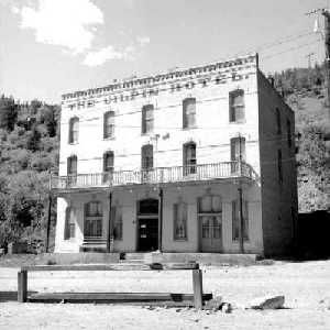 Historic photograph of the Gilpin Hotel image. Click for full size.