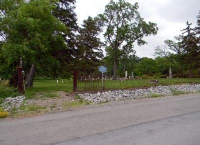Williamsburg cemetery image. Click for full size.