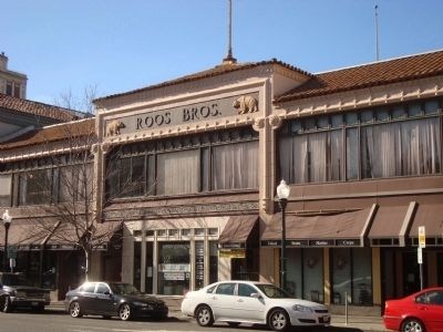 The Roos Building at Shattuck Square image. Click for full size.