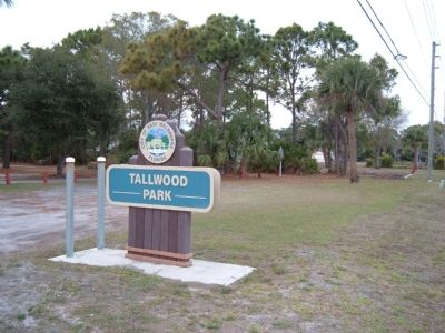 Tallwood Park Sign image. Click for full size.