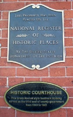 Historic Courthouse Marker image. Click for full size.