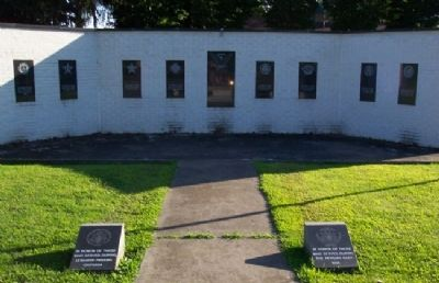 Mount Union Area Veterans Memorial image. Click for full size.