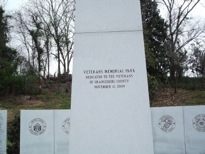 Veterans Memorial Park Marker image. Click for full size.