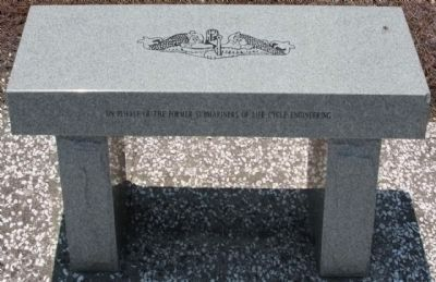 Cold War Submarine Memorial Bench image. Click for more information.