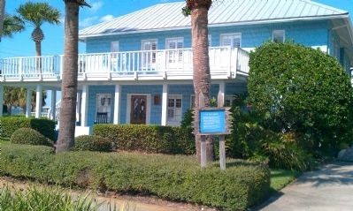 The Villa Marine Historic Building and Dentist Office image. Click for full size.