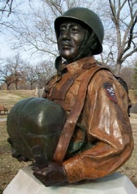 555th Parachute Infantry Company Bust image. Click for full size.