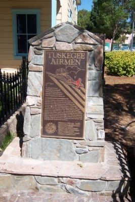Tuskegee Airmen Marker image. Click for full size.