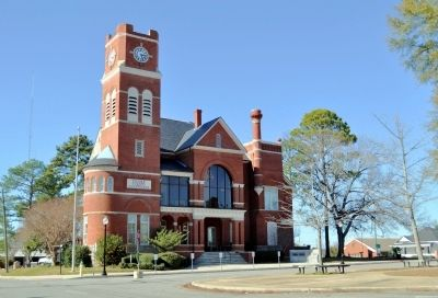 Dooly County Courthouse and Marker image. Click for full size.