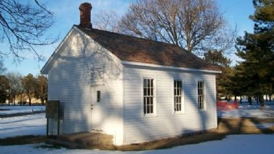 Oldest Remaining School House and Marker image. Click for full size.