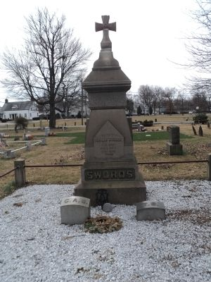 Grave of Gen. Swords image. Click for full size.