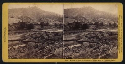 Mining for gold at Jacksonville, on the road to Yo-Semite Valley image. Click for full size.