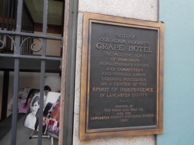 Grape Hotel Marker image. Click for full size.