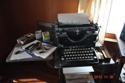 Stribling Typewriter image. Click for full size.
