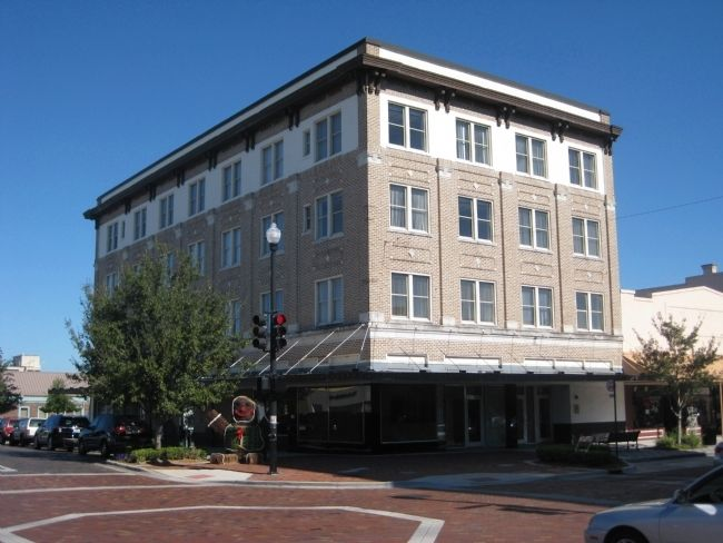 The Brumley - Puleston Building image. Click for full size.