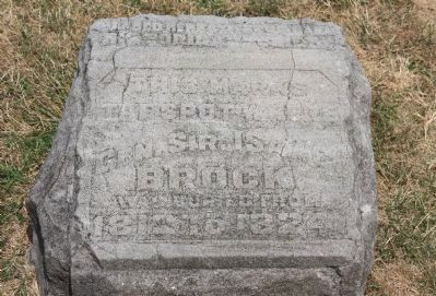 Sir Isaac Brock's First Burial Site Marker image. Click for full size.
