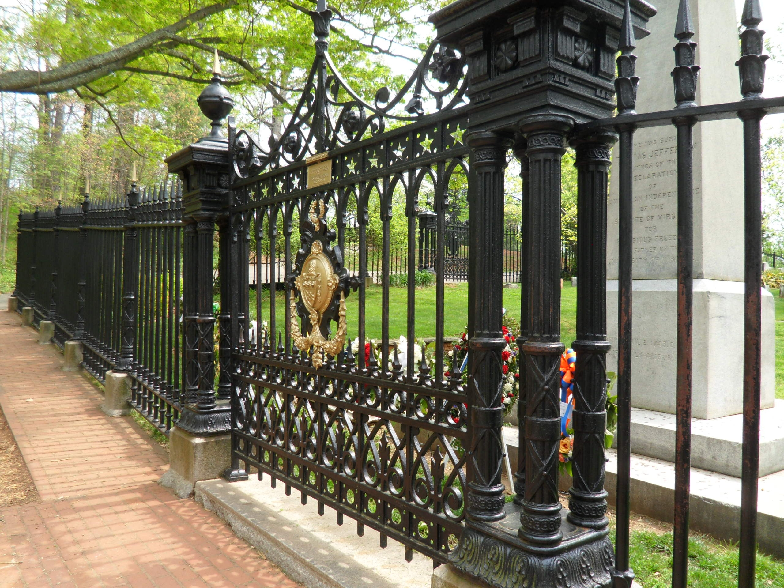 The Monticello Graveyard Fence