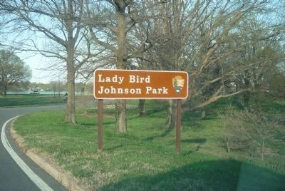 Ladybird Johnson Park image. Click for full size.
