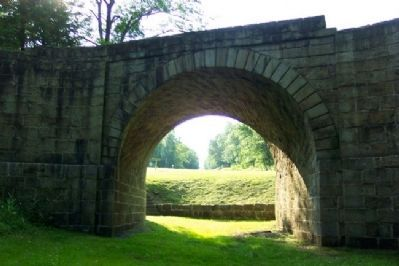 Skew Arch Bridge image. Click for full size.