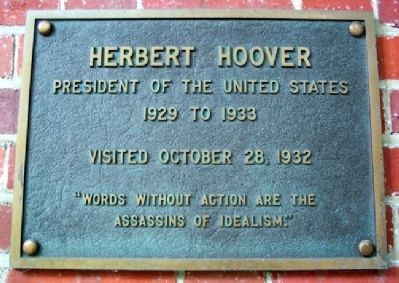 Ohio University's Herbert Hoover Marker image. Click for full size.