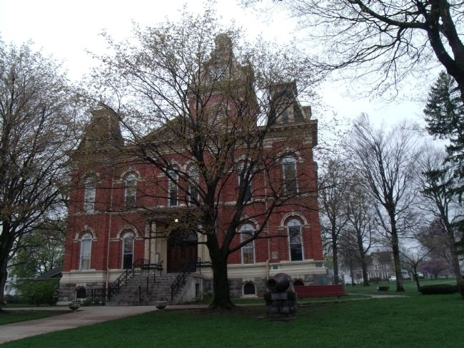 LaGrange County Courthouse -and- Marker image. Click for full size.