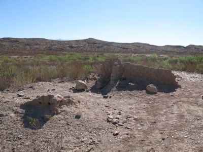 Sample of adobe ruins image. Click for full size.