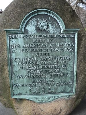 Middle Redoubt of the American Army   1776 Marker image. Click for full size.