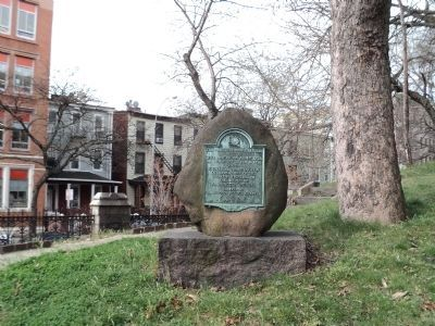 Middle Redoubt Marker image. Click for full size.