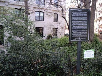 Marker on Riverside Drive image. Click for full size.