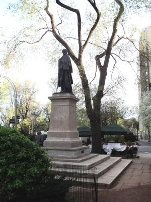 Back View of Kossuth Monument image. Click for full size.