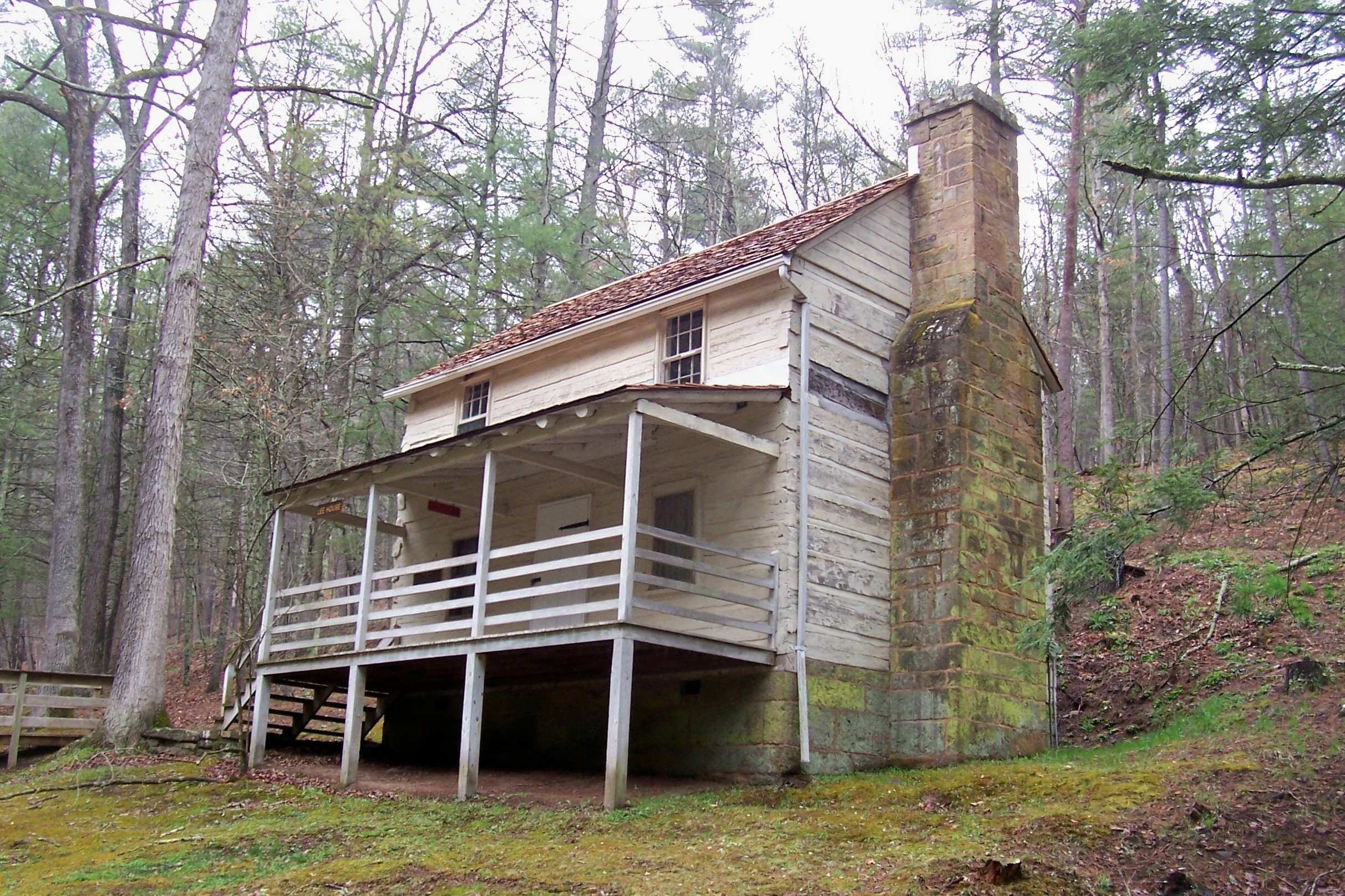 Lee Cabin in Lost River State Park