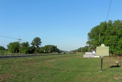Wide view of the Fort Carroll Marker image. Click for full size.