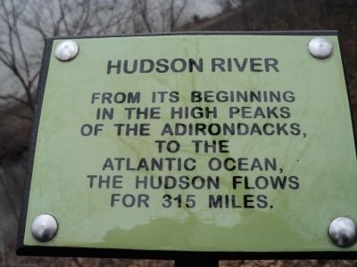 Hudson River Marker image. Click for full size.