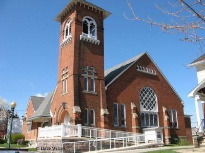 First Congregational Church - Southeast view image. Click for full size.