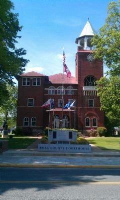 Rhea County Courthouse image. Click for full size.
