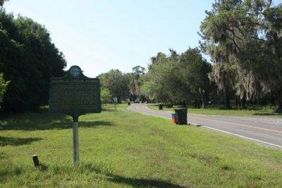 Evinston Community Store and Post Office / History of Evinston, Florida Marker, looking south image. Click for full size.