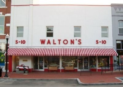 Walton's 5 &10 Store and Marker image. Click for full size.
