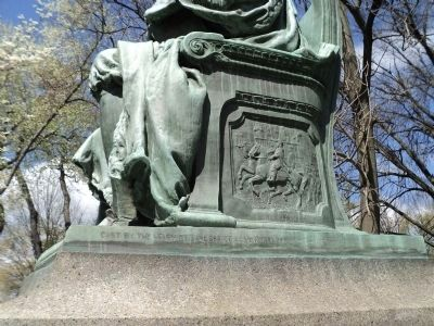 Detail on Abraham de Peyster Monument image. Click for full size.