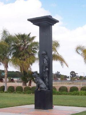 War Dog Memorial image. Click for full size.