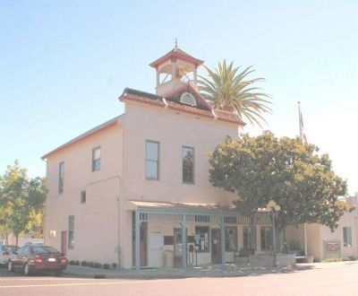 Calistoga City Hall image. Click for full size.