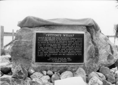 Original Cutting's Wharf Plaque-Bronze image. Click for full size.