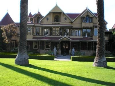 Sarah Winchester Mansion (front of estate) image. Click for full size.