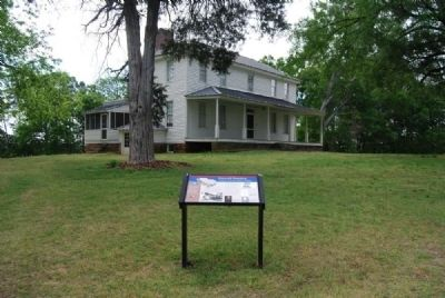Hopewell Plantation and Marker image. Click for full size.