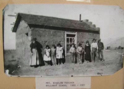 Ballarat School 1900-1910 and Mrs. Bigelow was the Teacher image. Click for full size.