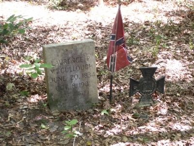 One of the tombstones in the cemetery mentioned on the marker image. Click for full size.
