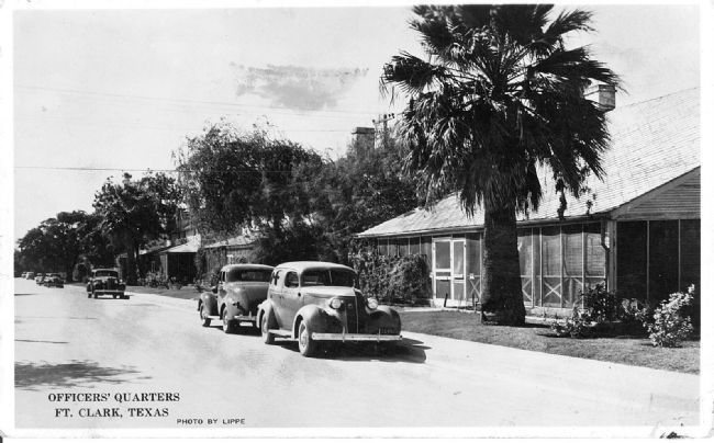 Historic view of Quarters 8-9, circa 1938 image. Click for full size.