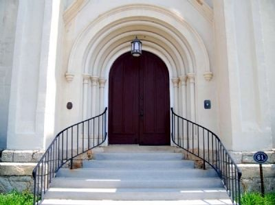 First Presbyterian Church<br>Main Entrance<br>Flanked by Markers image. Click for full size.