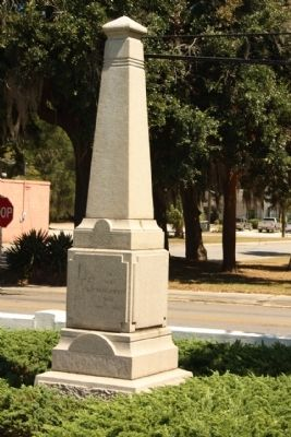 Beaufort Historic District - To Our Confederate Dead 1861-1865 image. Click for full size.