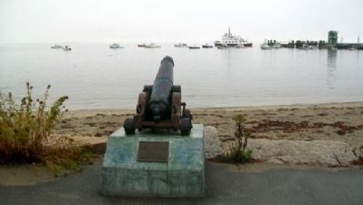 Lincolnville War of 1812 Cannon and Marker image. Click for full size.